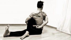 yoga-bolzano-ardha-matsyendrasana