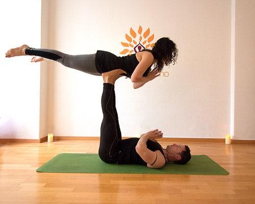 Frontbird posizioni yoga in due difficili