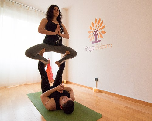 sequenza yoga in due