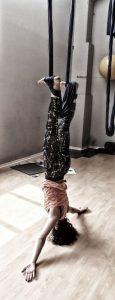 inversioni-yoga-sull'- amaca