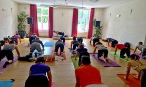 (28)Classe-Yoga-Bolzano