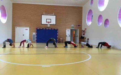 Yoga per bambini: sani e felici divertendosi.