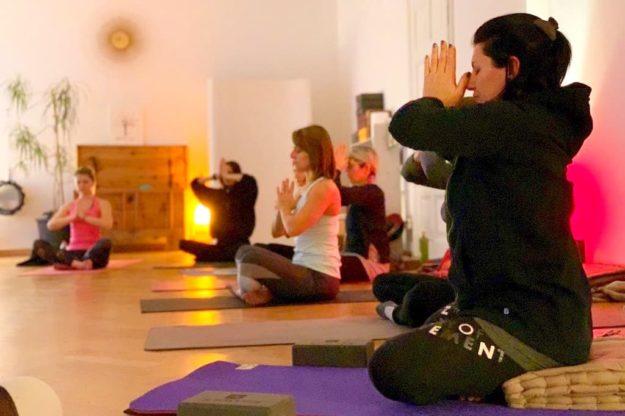 corso yoga posturale